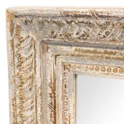 Espejo de madera con marco tallado en gris