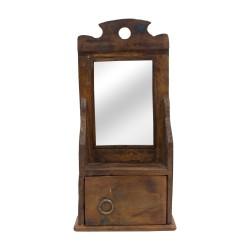 Espejo de madera con cajoncillo
