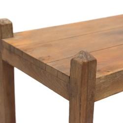 Estantería de madera estilo rústico