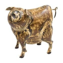 Cerdo de chapa beige