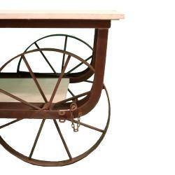 Mesa patas rueda