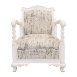 Butaca de madera tapizada en blanco