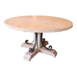 Mesa de comedor de madera y adorno en forja