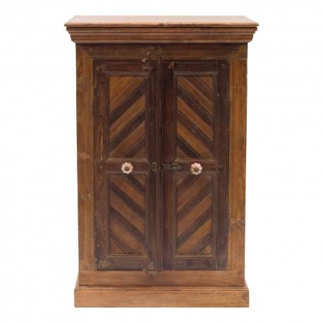 Armario de madera diferentes tonalidades