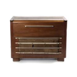 Mueble gramófono antiguo