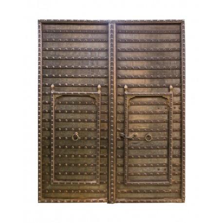 Portón 2 hojas y 2 puertas interiores