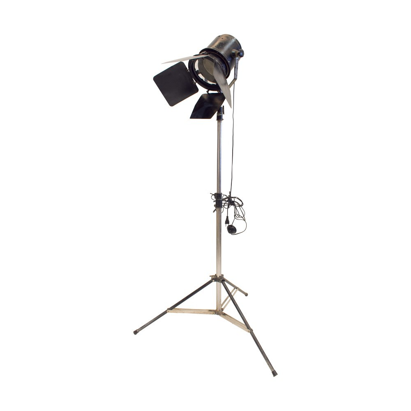 Lámpara de pie con foco de cine