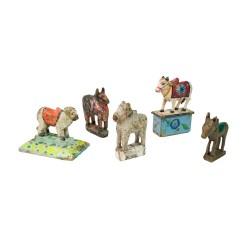 Figura vaca de madera