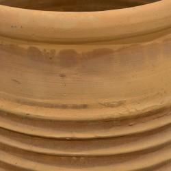 Tinaja de cerámica con ondas