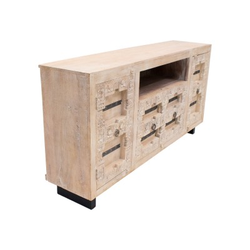 Aparador de madera tallado