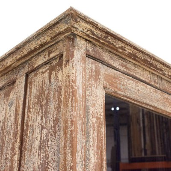 Vitrina madera beige