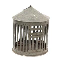 Farol metálico en forma de jaula