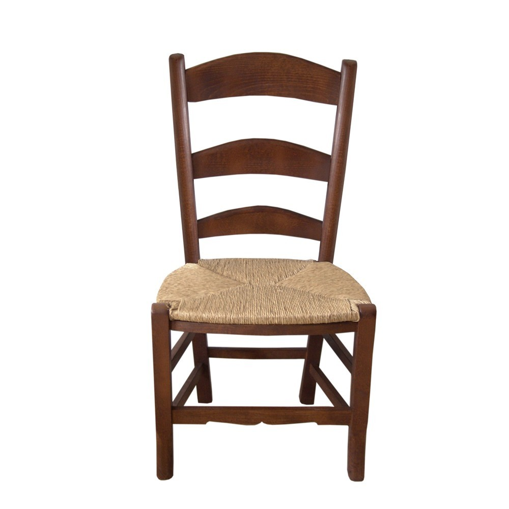 Silla de estilo rústico de madera de haya y asiento de anea.