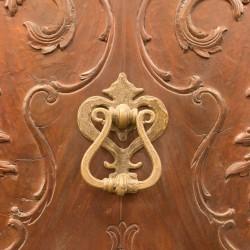Puerta antigua caoba y pino