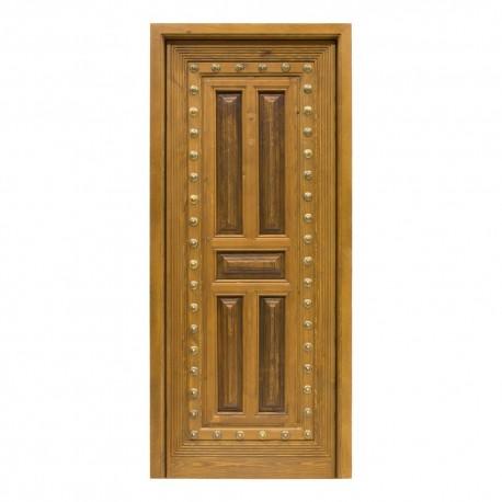 Puerta antigua madera con recrecido y clavos en bronce
