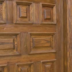 Puerta de madera de 6 cuarterones