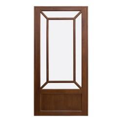 Puerta antigua de madera acristalada