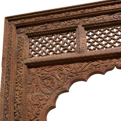 Portada de madera india