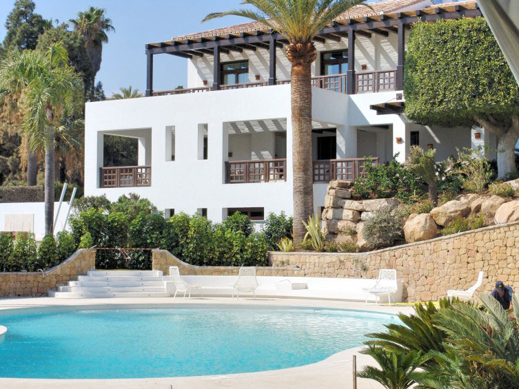 Fachada palacete mediterráneo
