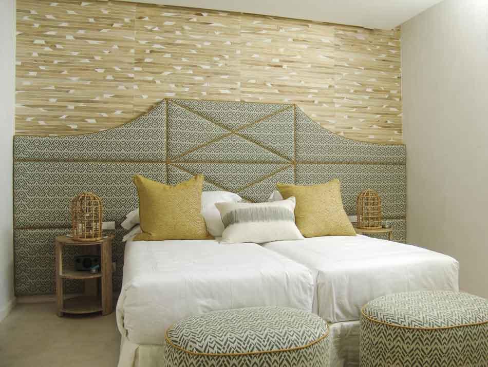 Habitación cabecero tapizado