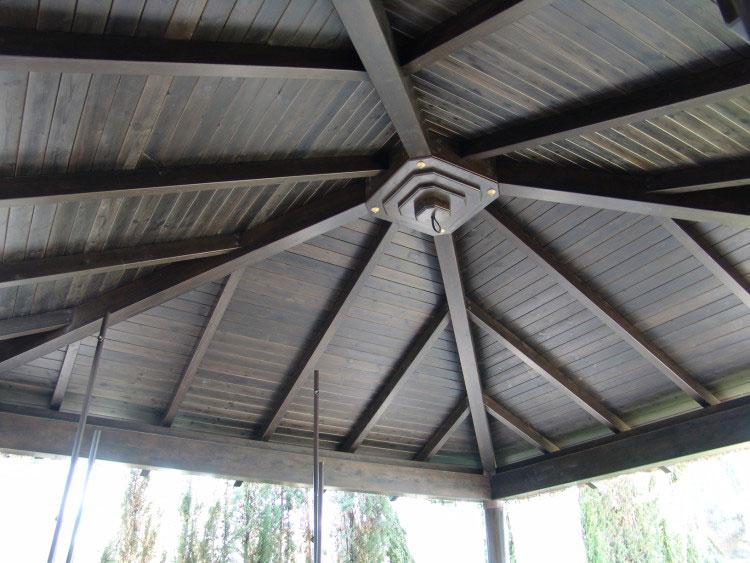 Interior pérgola de madera