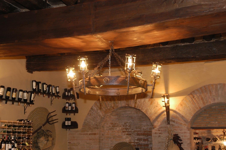 Lámpara antorcha medieval