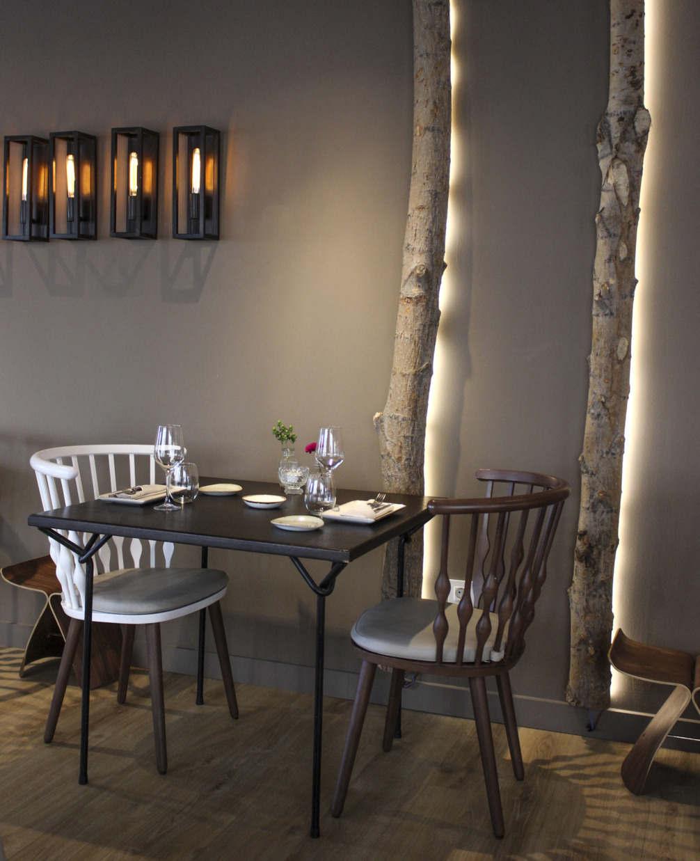 Mesa de restaurante estilo vintage