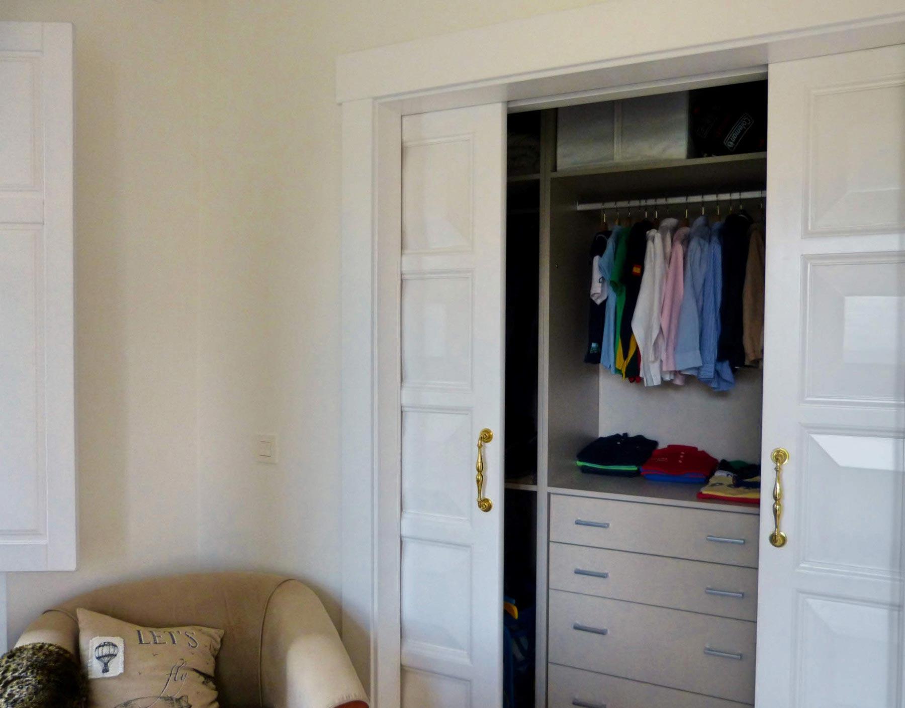 Puerta armario empotrado juvenil blanco