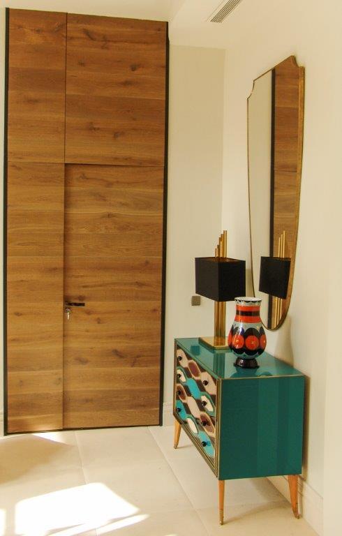 Puerta madera moderna