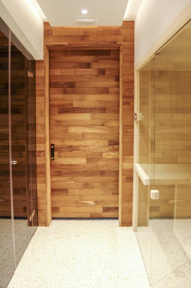 Puerta de madera moderna