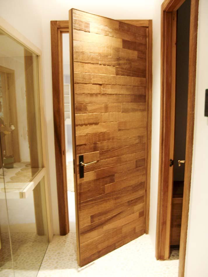 Puerta de madera moderna Conely