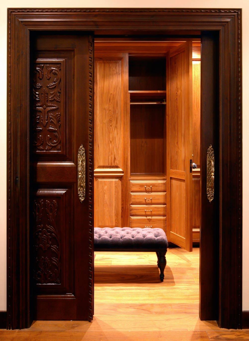 Puerta madera vestidor