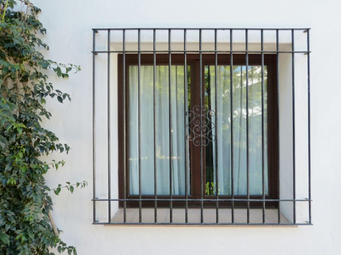 Rejas de forja antiguas affordable fabricacin e instalacin de rejas ventanas puertas automticas - Rejas de forja antiguas ...