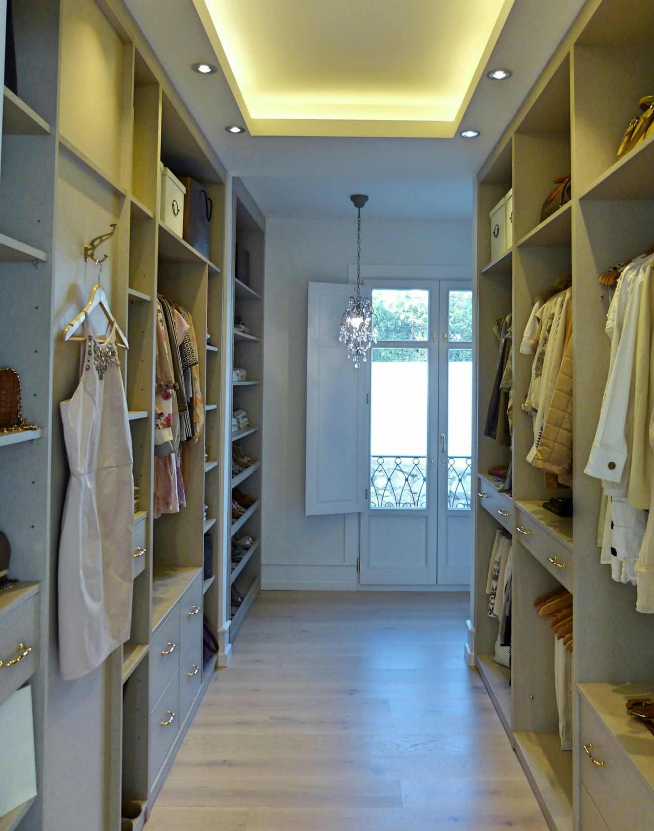 Vestidor estilo clásico blanco