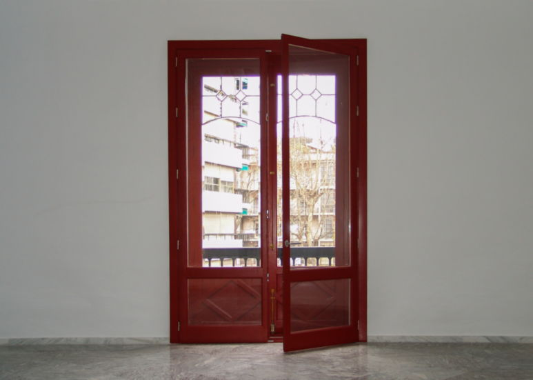 Balcón con doble puerta