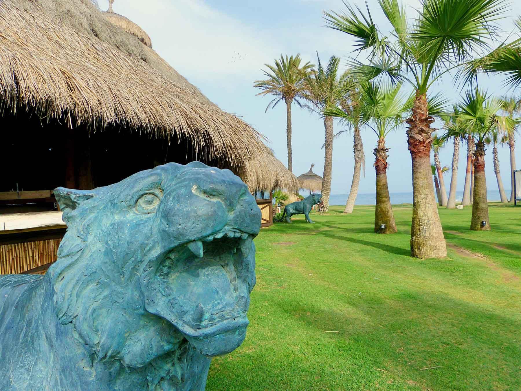 Escultura de león