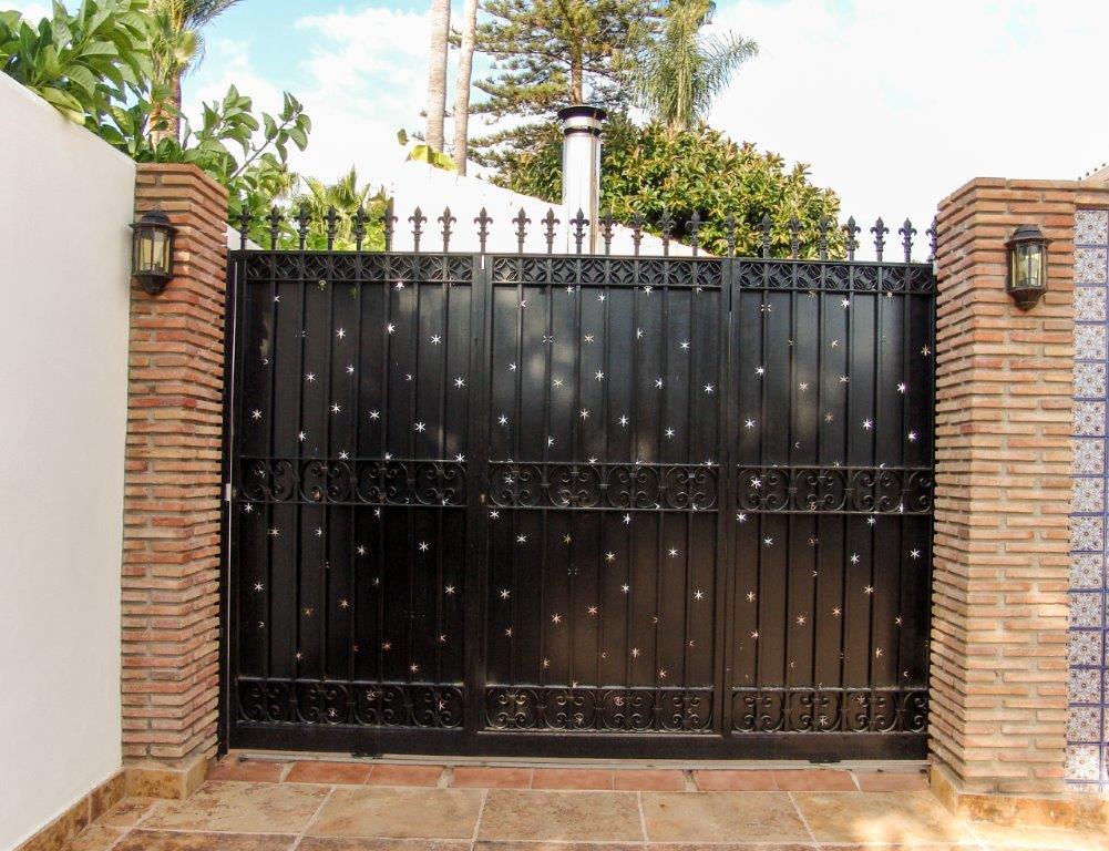Portón de forja