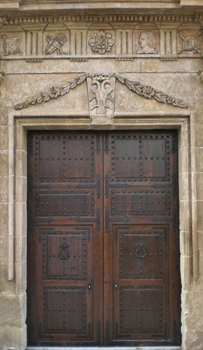 Puerta fabricada por Conely