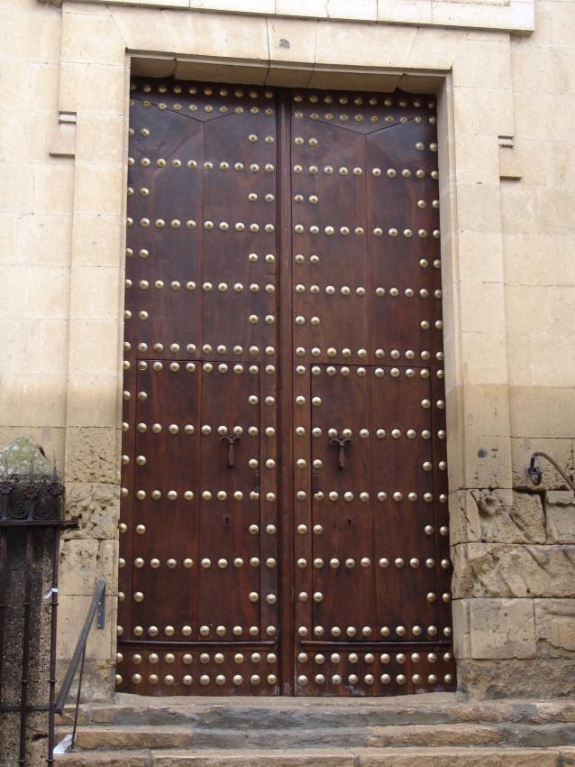 Portón restaurado