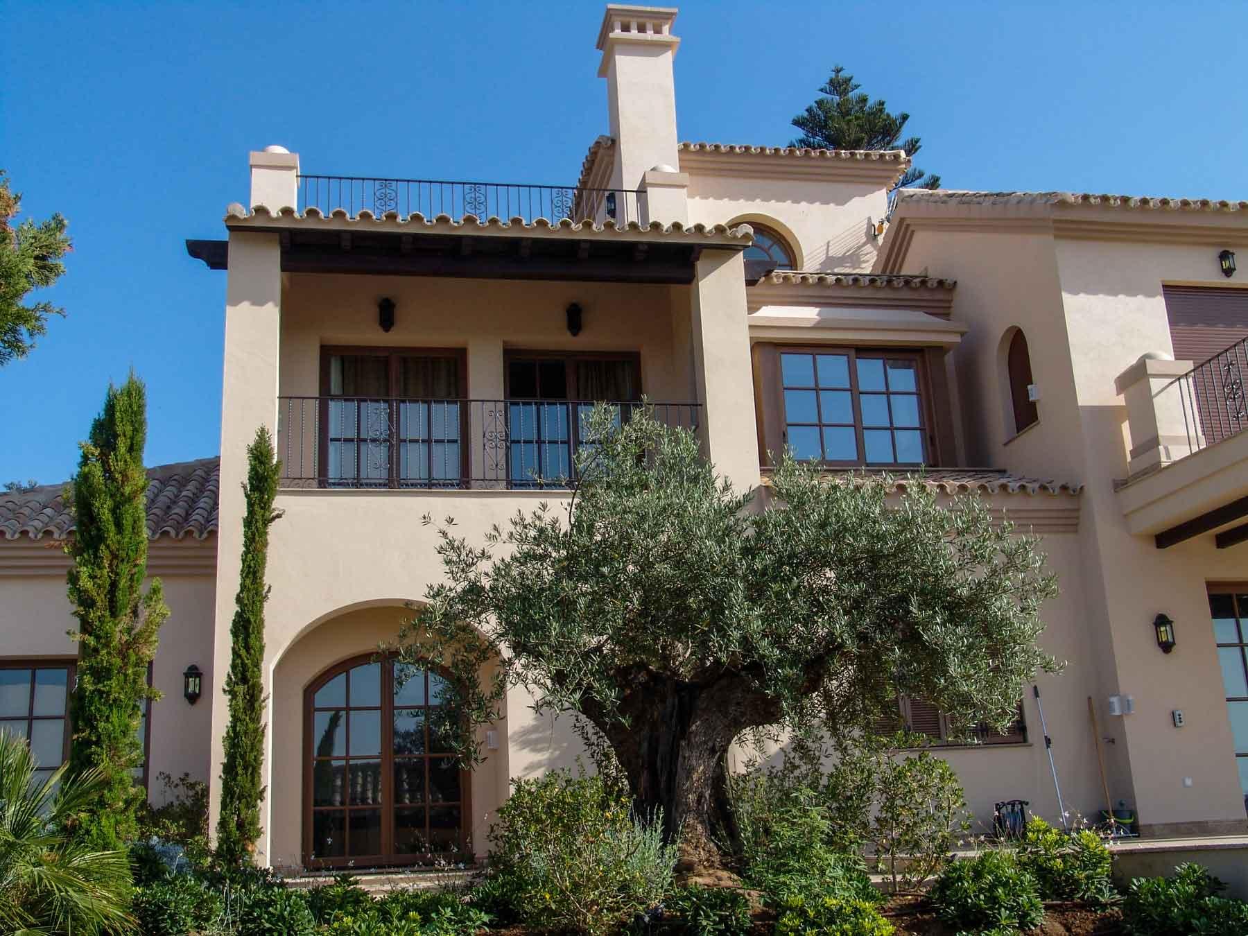 Fachada casa estilo mediterraneo