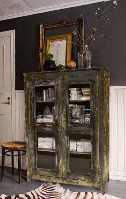 Decorar con muebles antiguos: Decoración vintage vitirina