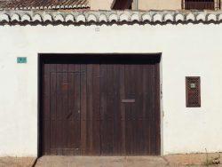 Portón antiguo madera