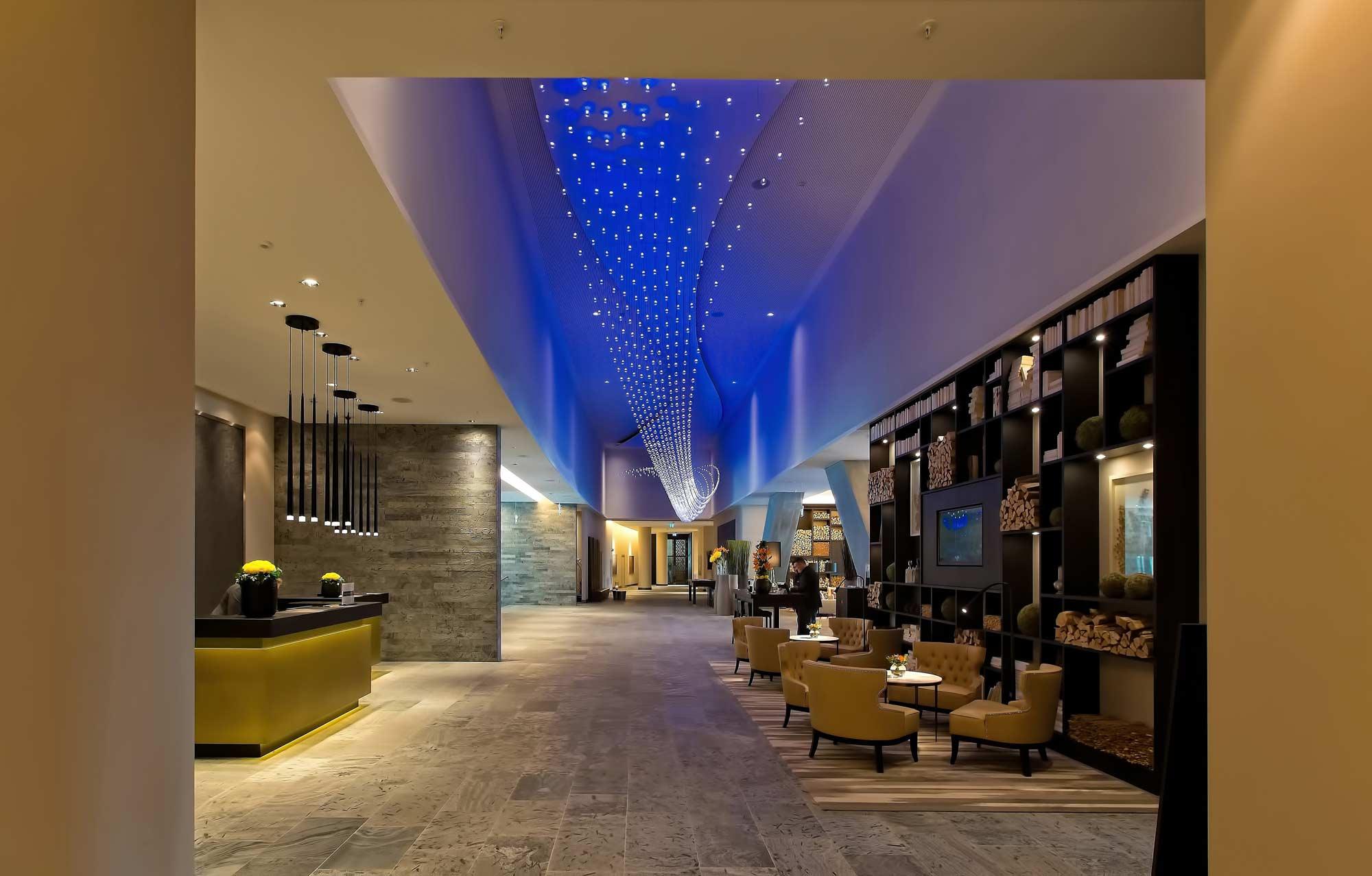 Decoración recepción hotel