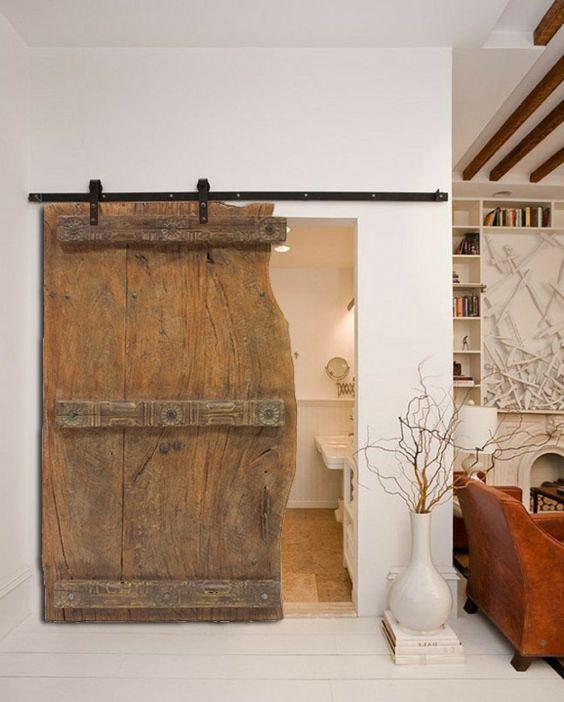 Puerta antigua corredera