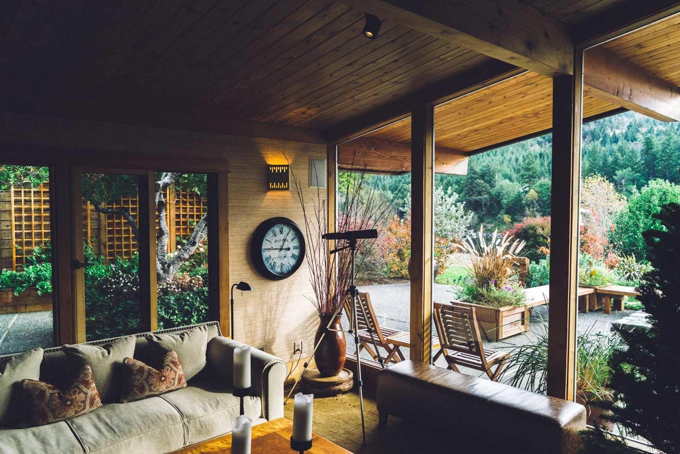 Interior puertas y ventanas madera