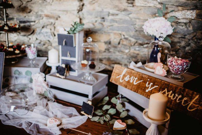 Decoración vintage boda mesa dulce